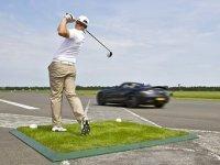 Мяч для гольфа, автомобиль и 192 км/час